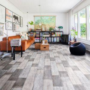 0594 Wood Effect Anti Slip Vinyl Flooring